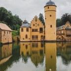 Schloss Mespelbrunn – uroczy pałac na wodzie w Bawarii!